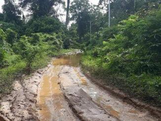 Kondisi terkini jalan provinsi dari Nagari Dusun Tangah hingga ke Kampuang Baru Lubuk Ulang Aling Tengah Kecamatan Sangir Batang Hari, Solok Selatan.
