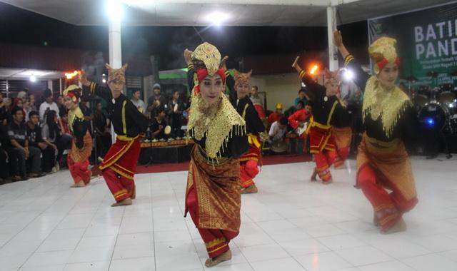 Pagelaran Apresiasi Seni #5 di Palanta Khariril Anwat Taman Budaya Sumbar.