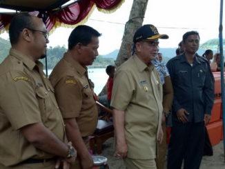 Wagub Nasrul Abit saat kunjungan kerja ke Pesisir Selatan.