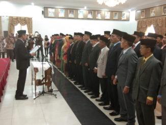 Pelantikan kepala sekolah SMAN-SMKN se-Sumatera Barat di auditorium Gubernuran Sumbar.