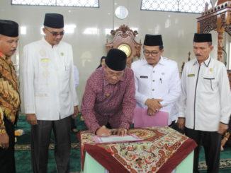 Penanda tanganan deklarasi KabupatenTahfiz.