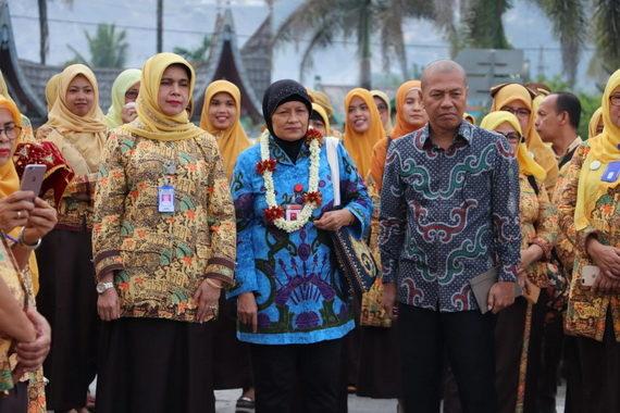 Tim survei Akreditasi saat mengunjungi RSJ Prof. Saanin Padang.