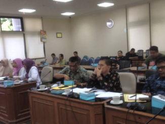 Dinas PUPR Sumatera Barat Dan Balai Jalan Nnasional III saat Hering dengan Komisi IV DPRD Sumbar(1)