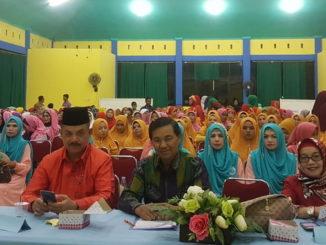 Fauzi Bahar saat menghadiri Lomba Qasidah Tingkat Kota Padang.