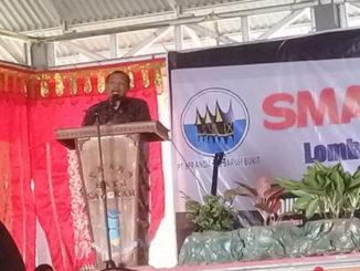 Kacabdin Dinas Pendidikan Provinsi Sumatera Barat Wilayah 4 Drs. Asrijum,MP.d sedang memberikan pengarahan.