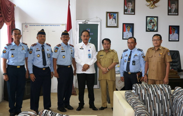Kakanwil Kemenkumham Sumbar dan jajaran bersama Wabup Ferizal Ridwan.