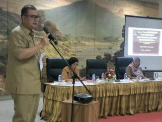 Nasrul Abit saat membuka rapat sinkronisasi program dan kegiatan urusan kebudayaan 2020.