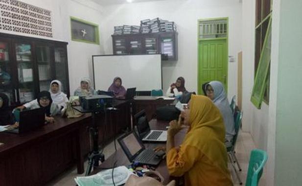 Rapat Verifikasi Penyusunan Dekumen Calon Sekolah Adiwiyata Provinsi (CSAP) tahun 2019.