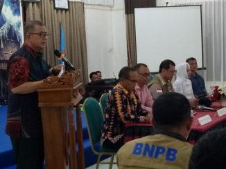 Wagub Nasrul Abit saat memberi sambutan pada pertemuan BNPB Pusat dengan masyarakat di Tua Pejat.