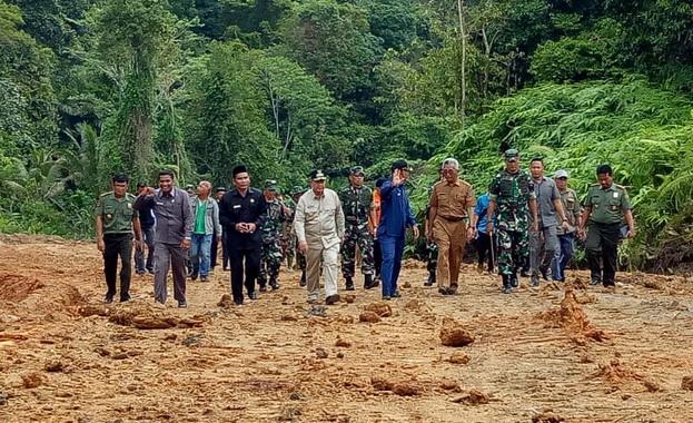 Wakil Gubernur Sumatera Barat Nasrul Abit pada pembukaan TMMD ke 104 tahun 2019 Wilayah Kodim 0319-Mentawai di Sipora Utara