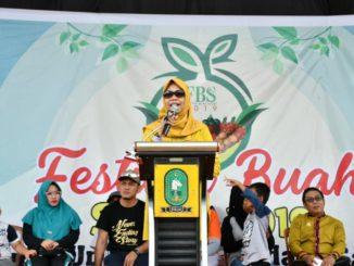 Hj.Nikmat B.Situru saat menutup FBS 2019.