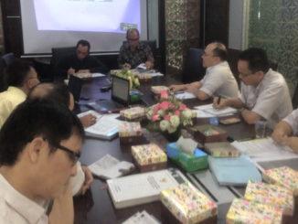 Komisi III DPRD Sumbar saat rapat dengan Komisaris PT. Balairung dan Pemprov Sumbar.