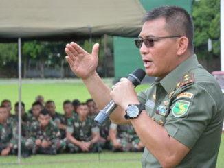 Mayjen TNI AL George Elnadus Supit.