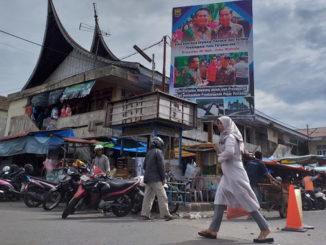 Pasar Kota Pariaman.