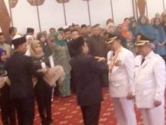 Pelantikan Adirozal - Ami Taher sebagai Bupati dan Wakil Bupati Kerinci.