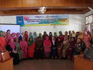 Peserta sosialisasi peningkatan kapasitas perempuan di Payakumbuh.