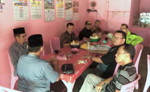 Rapat pengurus pengvrov ipsi sumbar, Jum'at (22-3) dipimpin Ketua Harian IPSI Sumbar Rahmat Wartir, SH.