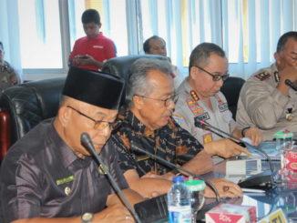 Wabup H. Yulianto pada sosialisasi Saber Pungli di Pasaman Barat.