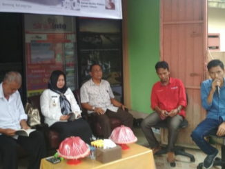 Wabup Hj. Andi Kartini Ottong saat menghadiri launching buku Sinjai Nol Kilometer.