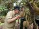 Wagub Nasrul Abit saat mencium aroma durian unggul yang dikembangkan Balitbu Aripan, Solok.