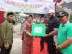 Walikota Fadly Amran menerima sumbangan dari Yayasan Baiturrahma Padang.