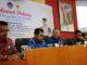 Rektor dan Wakil Rektor UNP bersama Iza Fadri.