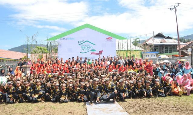 Wagub Nasrul Abit bersama peserta KBA di Talang Babungo.