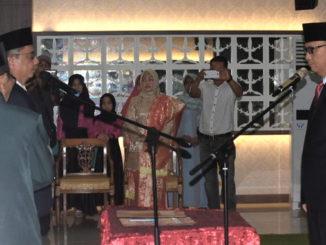 Bupati Yudas Sabbagalet melantik Martinus Dahlah sebagai Sekda Kab. Kepulauan Mentawai.