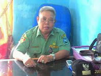 Kepala Desa Kolok Nn Tuo, Adeks Rossyie Mukri.