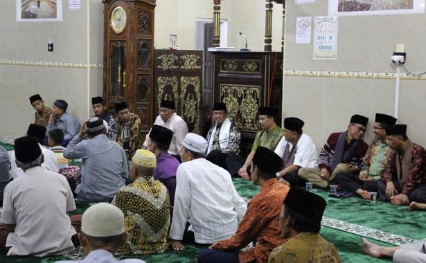 Kunjungan TSR Kab. Solok di Mesjid Raya Selayo.