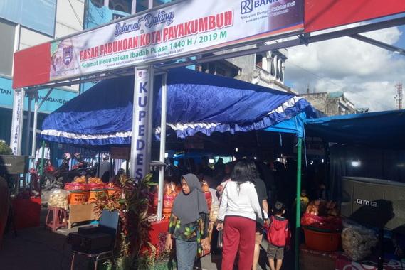Pasar Pabukoan di Kota Payakumbuh.