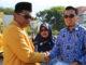 Rektor UNP Prof. Ganefri mengucapkan selamat pada dosen berprestasi 2019.
