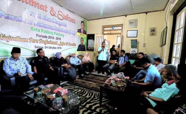 Suasana Konfercab PWI Padang Panjang di Kantor PWI, Komplek Gedung M Syafei Padang Panjang.