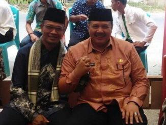 Agus Sahdeman bersama Walikota Solok, Zul Elfian.