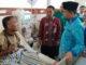 Bupati Adirozal saat berdialog dengan pasien RSUD H. A. Thalib Kerinci.