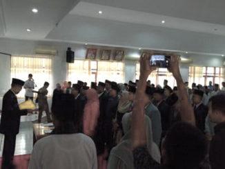 Bupati Irdinansyah Tarmizi melantik penjabat Administrator Pemkab Tanah Datar.
