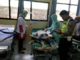 Korban saat diperiksa di rumah sakit.