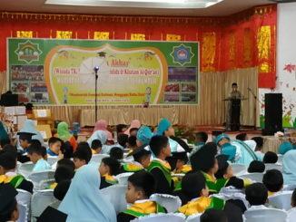 Suasana wisuda tahfidz dan khatam Qur'an