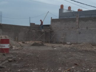 Bangunan tanpa izin di kota Solok.