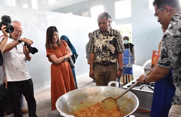 Demo masak Randang Kota Pyakumbuh.