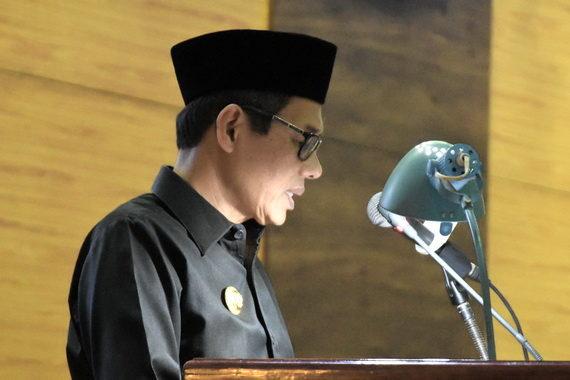 Gubernur Sumbar Irwan Prayi