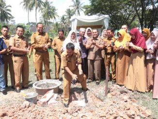 Peletakan batu pertama pembangunan gedung PAUD Kota Payakumbuh.