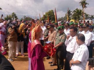 Penyambutan Bupati Agam, Indra Catri di Sungai Puar.