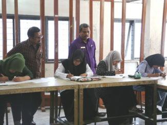 eleksi calon mahasiswa UNP dari jalur prestasi seni.