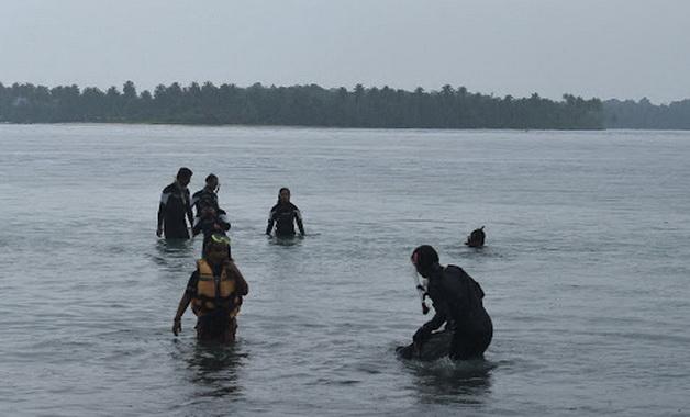 Snorkeling dan diving di Pantai Jati, Tua Pejat.