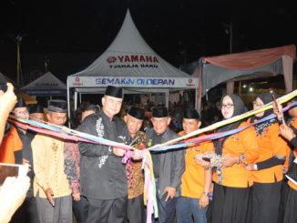 Wagub Nasrul Abit saat meresmikan Pasar Kuliner FKAN Pauah IX.