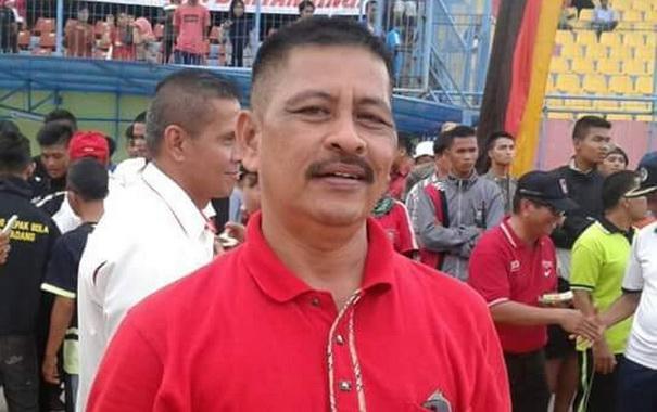 Yuherdi SPd .MM Kabid Olahraga Dispora Kota Padang