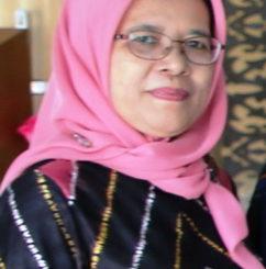 Azmi Fitrisia, PhD.