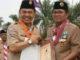 Bupati Adirozal saat menerima penghargaan dari Gubernur Jambi.