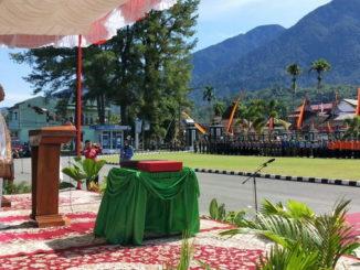 Bupati Yusuf Lubis saat menjadi Irup upacara peringatan HUT RI ke 74 di Pasaman.